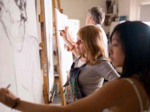 artist-painting-on-canvas