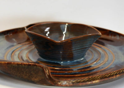 Artisans Corner Gallery Brown Bear Pottery MW Chip and Dip
