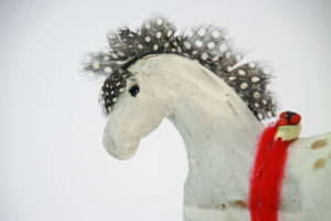 feather-horse-close-up-kc-henry-pottery-artisans-corner-gallery