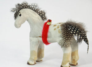 feather-horse-kc-henry-pottery-artisans-corner-gallery