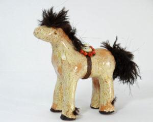 fluffy-horse-kc-henry-pottery-artisans-corner-gallery