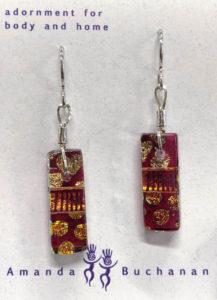 Artisans Corner Gallery Plays with Glass Cranberry