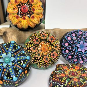 mandala-flower-workshop-artisans-corner-gallery