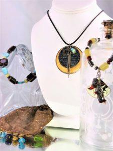 artisans-corner-gallery-lisa-martin-jewelry